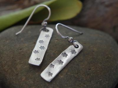 *SOLD OUT* Sterling silver daisy earrings