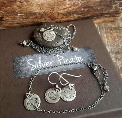Sterling Silver Lotus flower jewelry set - Necklace, bracelet and earrings